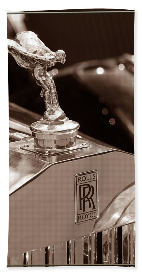 Rolls Hand Towel featuring the photograph Vintage Rolls Royce 1 by Andrew Fare