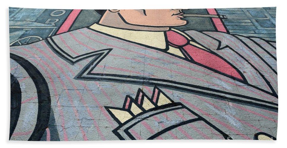 Man Bath Sheet featuring the photograph Wall Art Hustler by Bob Christopher