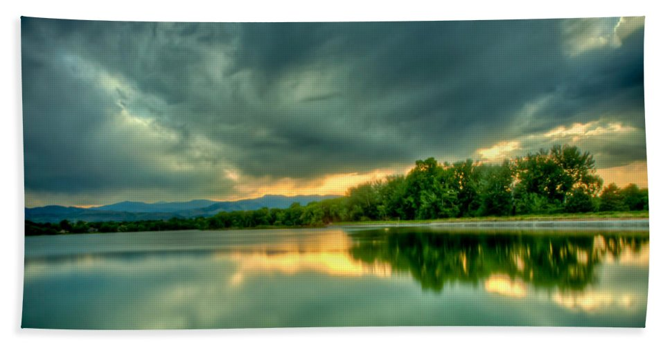 Lake Hand Towel featuring the photograph Warren Lake At Sunset by Anthony Doudt