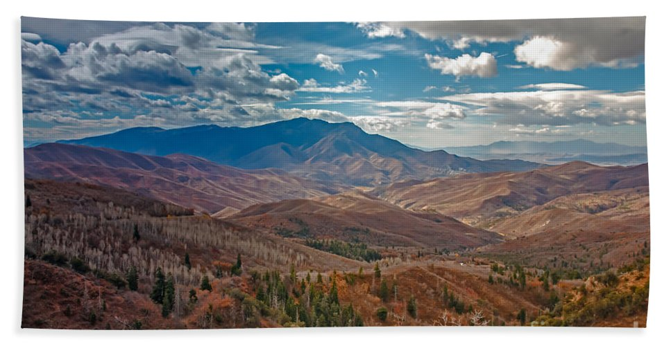 Mount Nebo Hand Towel featuring the photograph Wasatch Range by Robert Bales