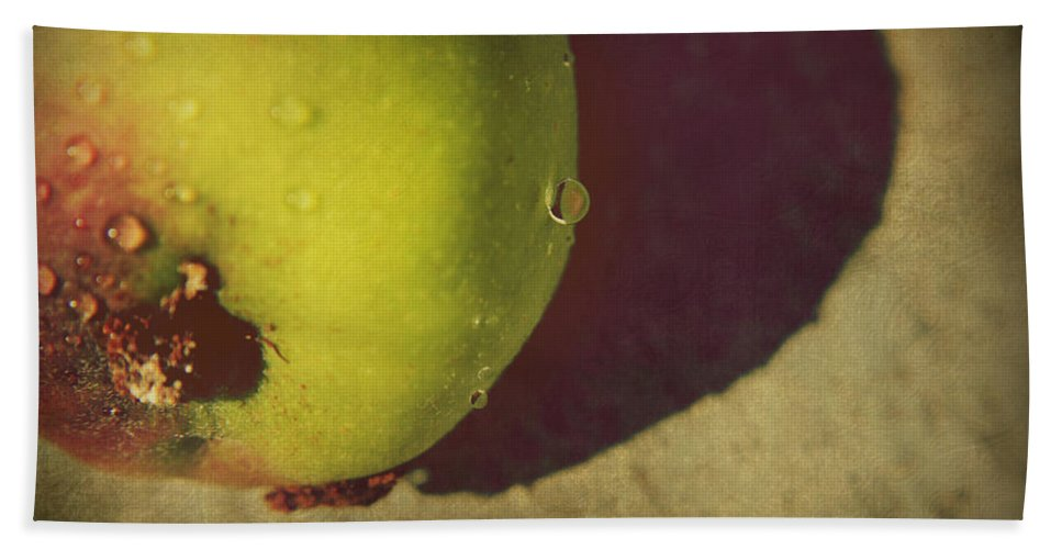 Apples Hand Towel featuring the photograph We All Fall Down by Laurie Search