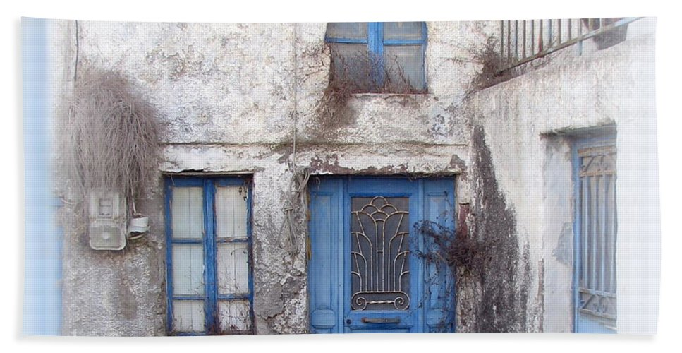 Santorini Hand Towel featuring the photograph Weathered Greek Building by Carla Parris