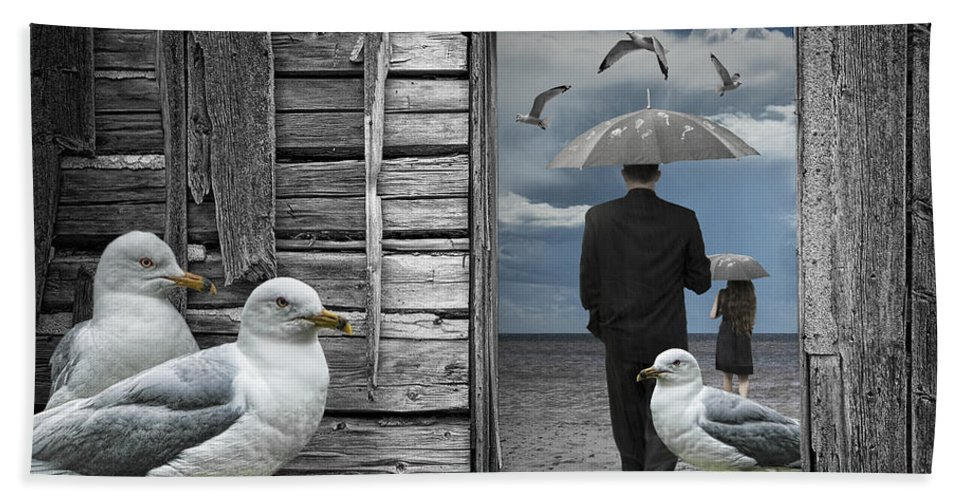 Art Bath Sheet featuring the photograph Weathering The Gulls by Randall Nyhof