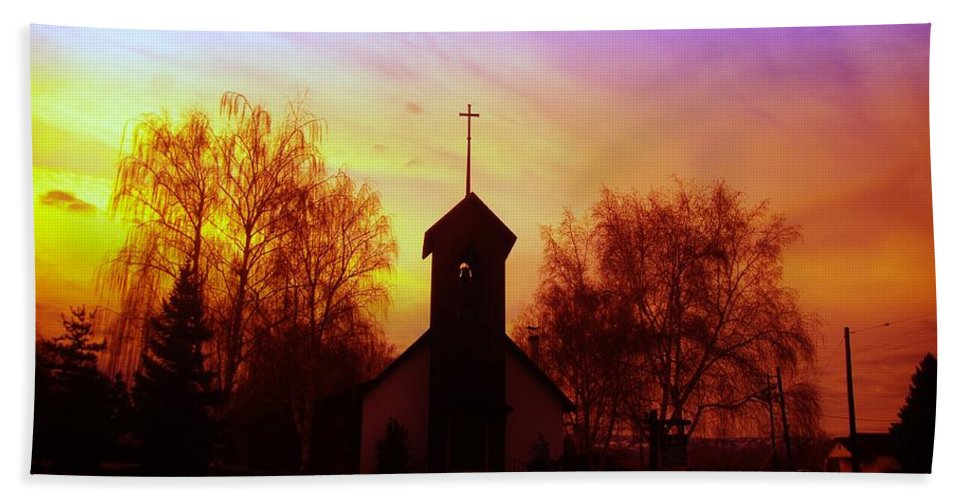 Church Hand Towel featuring the photograph White Swan Church In The Sunset by Jeff Swan