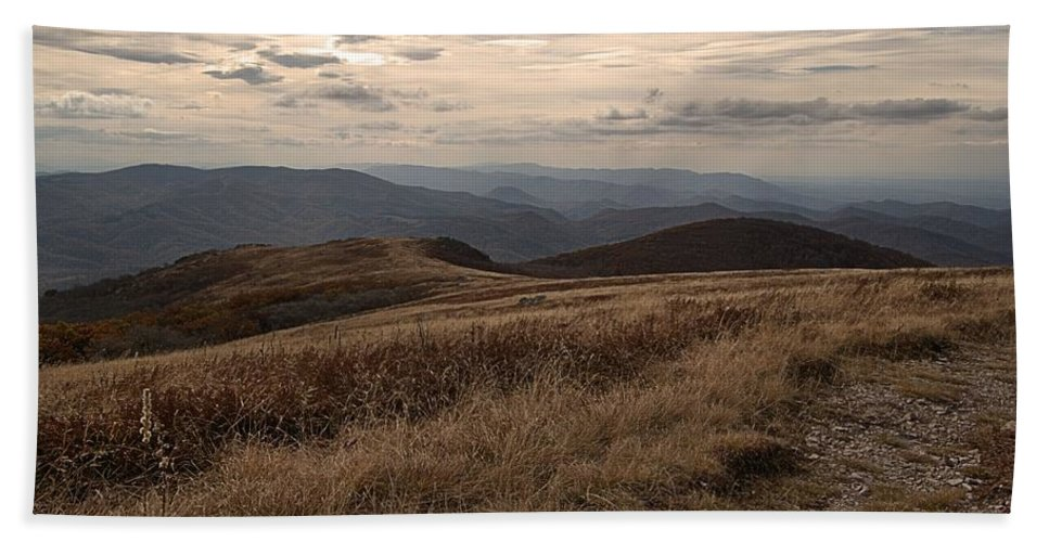Whitetop Mountain Virginia Hand Towel featuring the photograph Whitetop Mountain Virginia by Mel Hensley