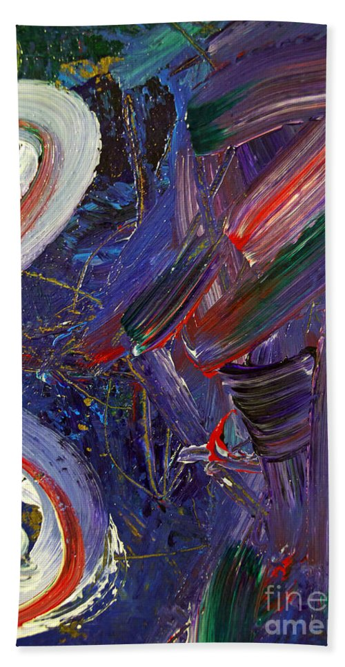 Abstract Bath Sheet featuring the painting Who Sees ... by Gwyn Newcombe