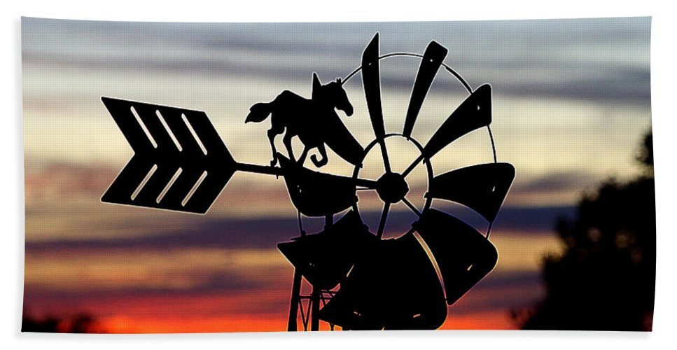 Sunset Hand Towel featuring the photograph Windmill At Sunset by Shirley Tinkham