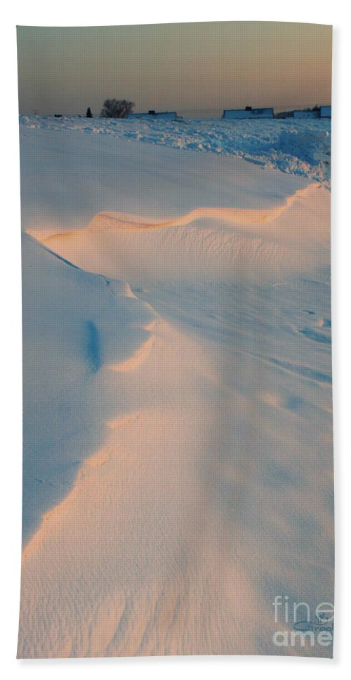 Photo Bath Sheet featuring the photograph Winter Sunset by Jutta Maria Pusl