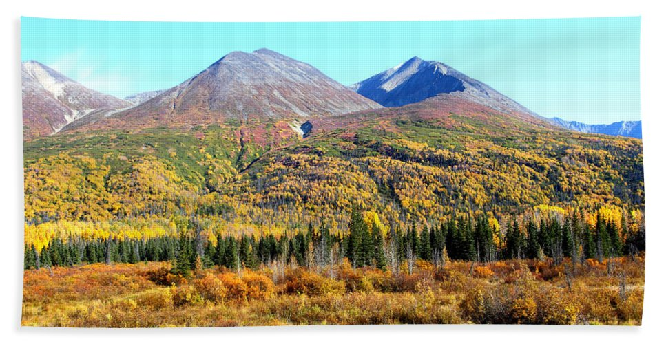 Doug Lloyd Hand Towel featuring the photograph Wrangell Mountains Colors by Doug Lloyd