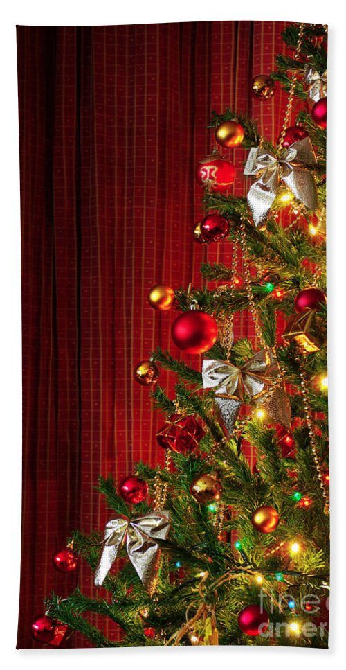 Artificial Bath Sheet featuring the photograph Xmas Tree On Red by Carlos Caetano