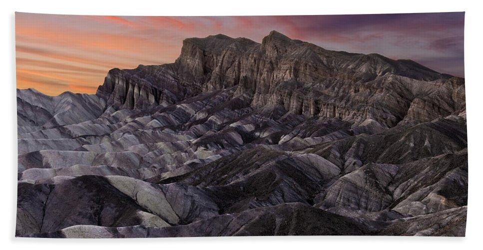 Zabriske Sunset Bath Sheet featuring the photograph Zabriske Sunset by Wes and Dotty Weber