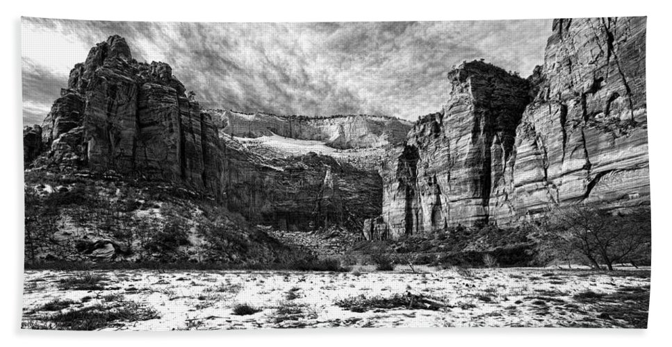 Mountain Hand Towel featuring the photograph Zion Canyon - Bw by Christopher Holmes