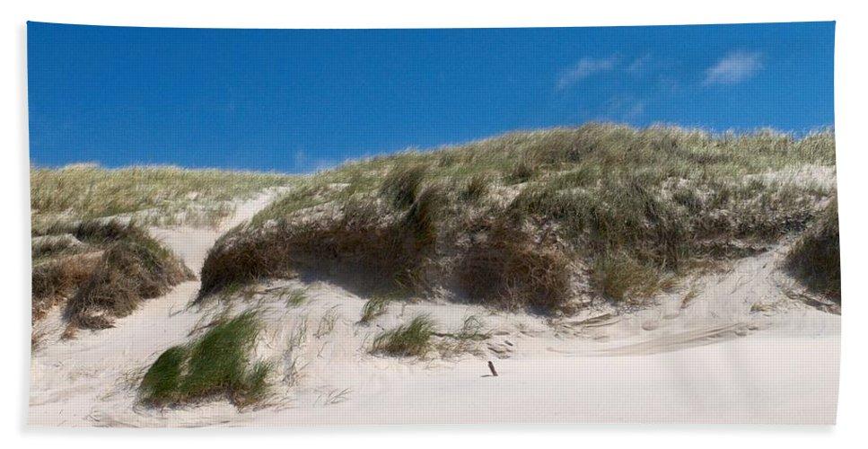 Lehtokukka Hand Towel featuring the photograph Dunes Of Danmark 2 by Jouko Lehto