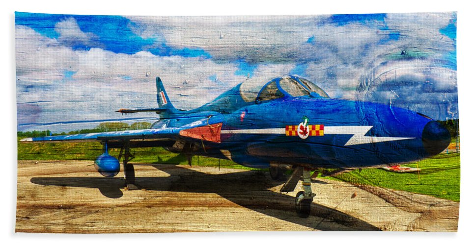 Raf Hunter Hand Towel featuring the photograph Hawker Hunter T7 Aircraft On Wood by Robert Gipson