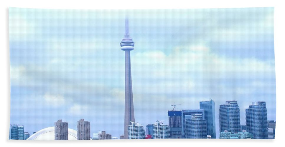 Toronto Bath Towel featuring the photograph Lost In The Clouds by Ian MacDonald