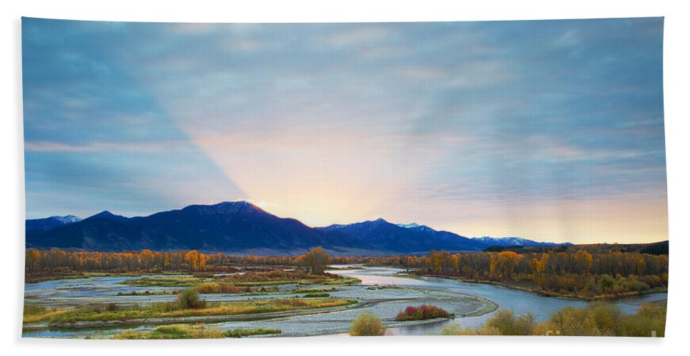 Idaho Bath Sheet featuring the photograph Swan Valley Sunrise by Daryl L Hunter