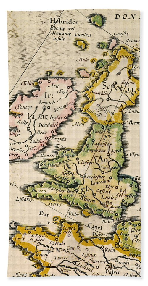 1623 Hand Towel featuring the painting Map Of Great Britain, 1623 by Granger