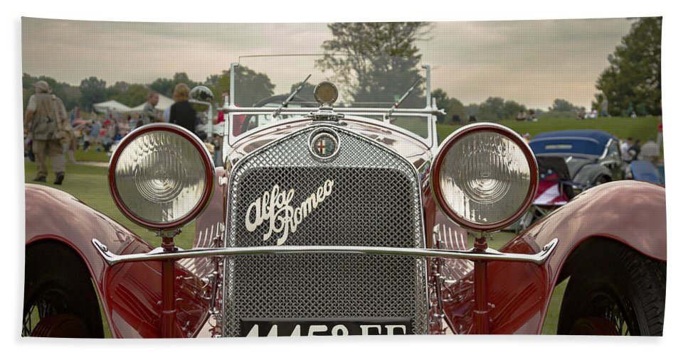 Antique Hand Towel featuring the photograph 1931 Alfa Romeo by Jack R Perry