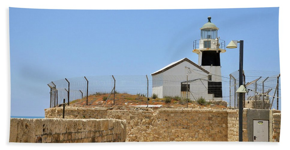 Lighthouse Hand Towel featuring the photograph Acre, The Lighthouse by Shay Levy