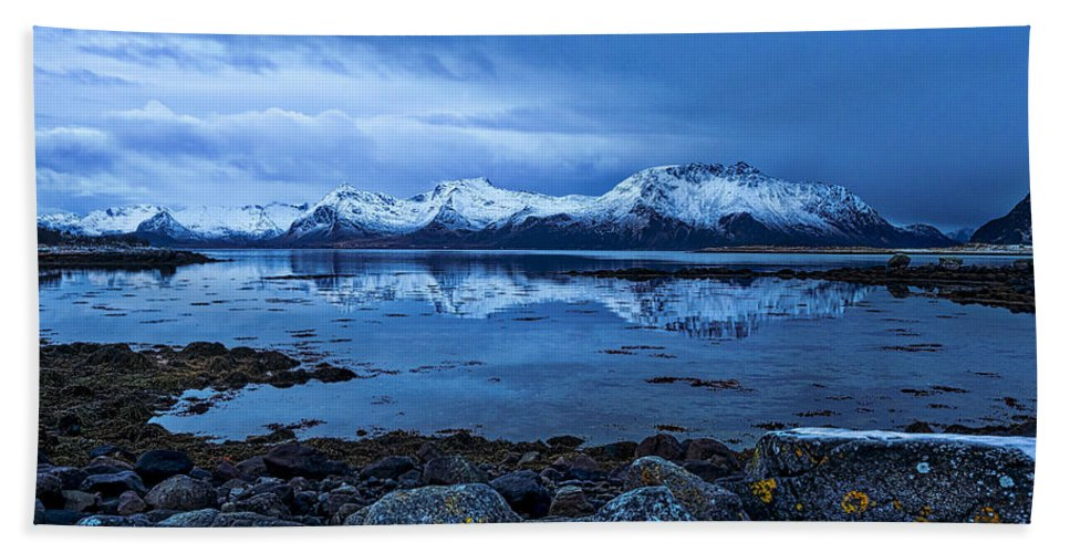 Norway Hand Towel featuring the photograph Arctic Reflections by Mark Llewellyn