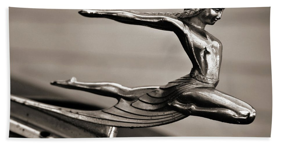 Americana Hand Towel featuring the photograph Art Deco Hood Ornament by Marilyn Hunt
