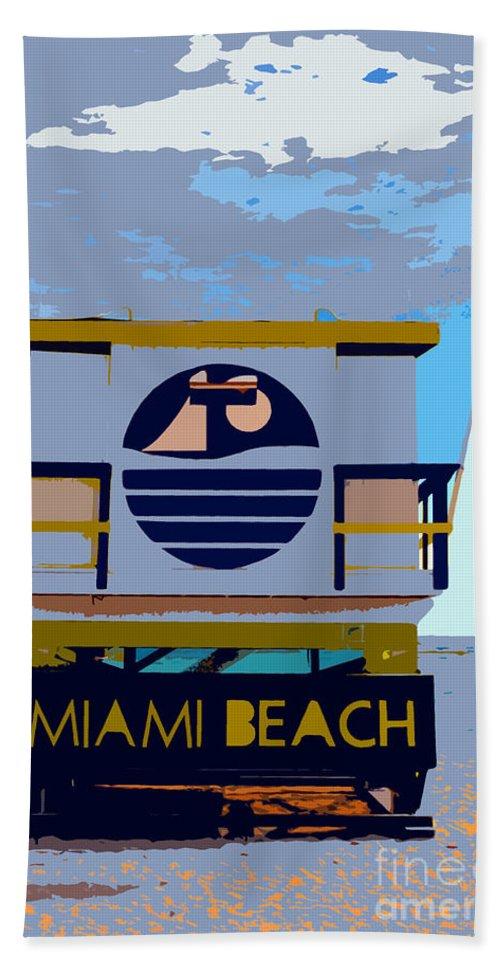Miami Beach Florida Bath Towel featuring the photograph Art Deco Lifeguard Stand by David Lee Thompson