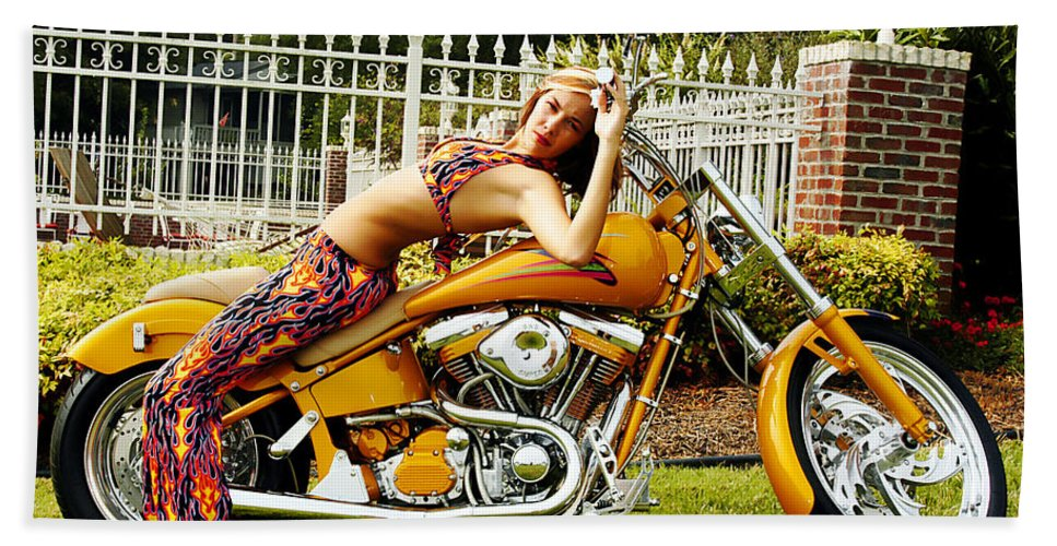 Clay Bath Towel featuring the photograph Bikes And Babes by Clayton Bruster