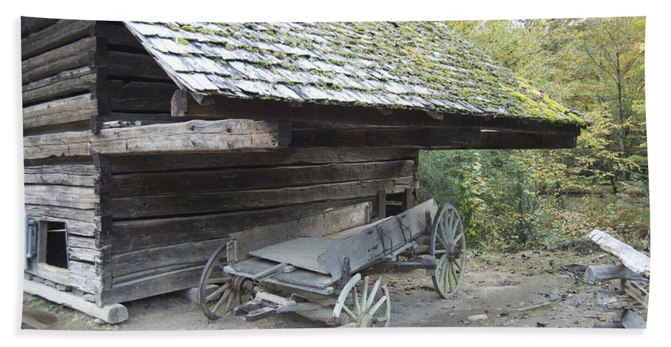Cades Cove Bath Sheet featuring the photograph Cable Mill Barn by Michael Peychich