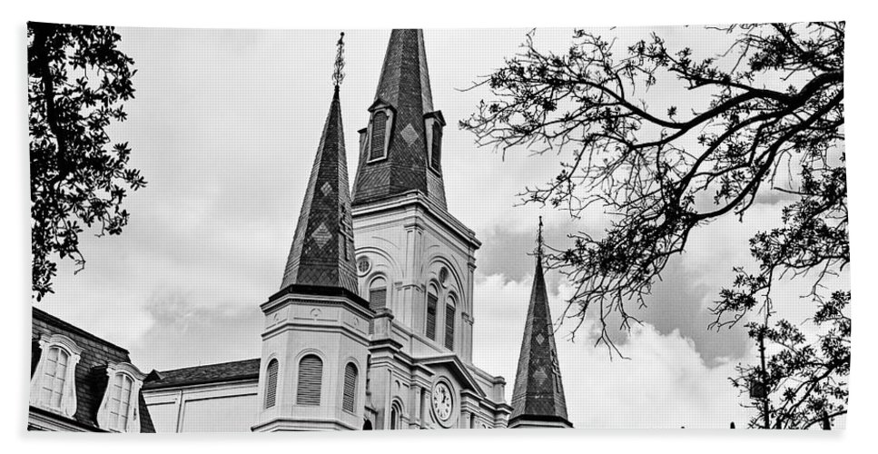 Cathedral Basilica Bath Sheet featuring the photograph Cathedral Basilica - Square Bw by Scott Pellegrin
