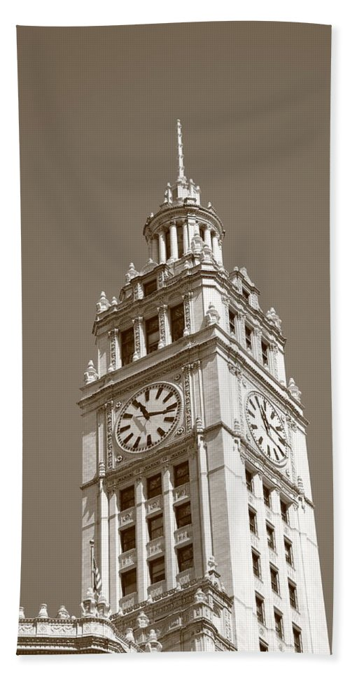 America Hand Towel featuring the photograph Chicago Clock Tower by Frank Romeo