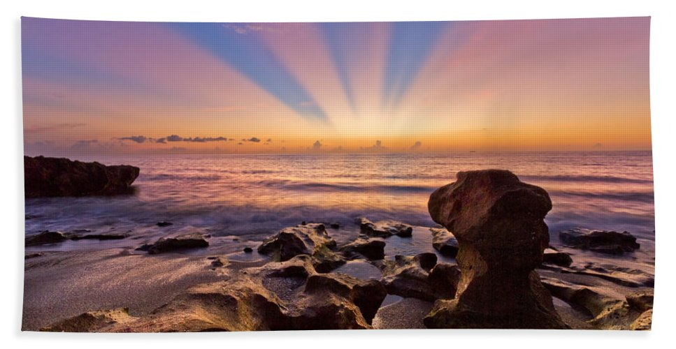 Blowing Rocks Bath Sheet featuring the photograph Coral Cove by Debra and Dave Vanderlaan
