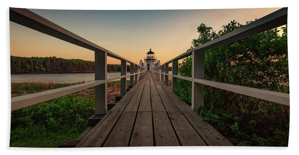 Bath Maine Lighthouse Sunset Coast Ocean Bath Towel featuring the photograph Doubling at Dusk by David Hufstader