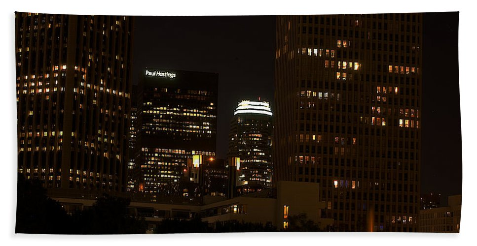 Clay Hand Towel featuring the photograph Downtown L.a. In Hdr by Clayton Bruster