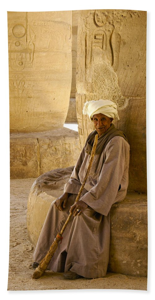 Egypt Hand Towel featuring the photograph Egyptian Caretaker by Michele Burgess