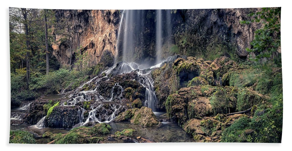 Virginia Hand Towel featuring the photograph Falling Spring Falls by Robert Fawcett