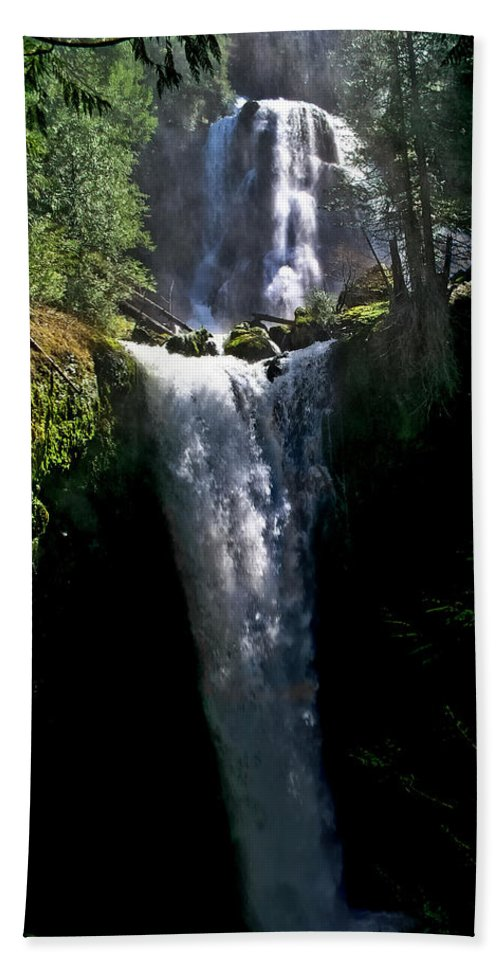 Falls Creek Bath Sheet featuring the photograph Falls Creek Falls by Albert Seger