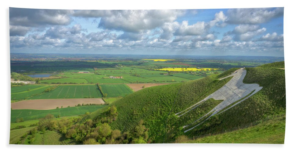 Whitehorse Bath Sheet featuring the photograph Farmlands. by Angela Aird