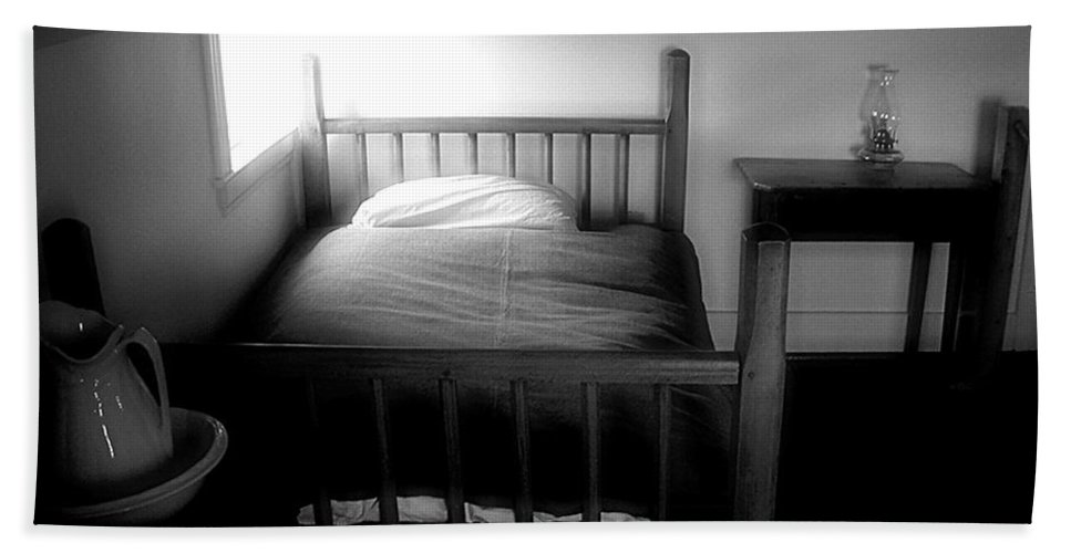 Bedroom Hand Towel featuring the photograph Gable Sanctuary by RC DeWinter
