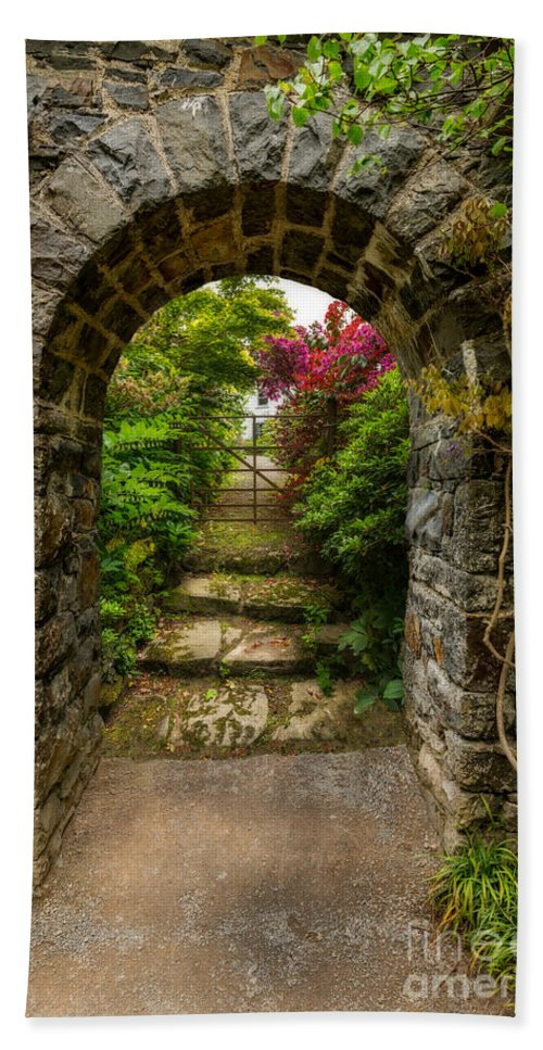Arch Hand Towel featuring the photograph Garden Arch by Adrian Evans