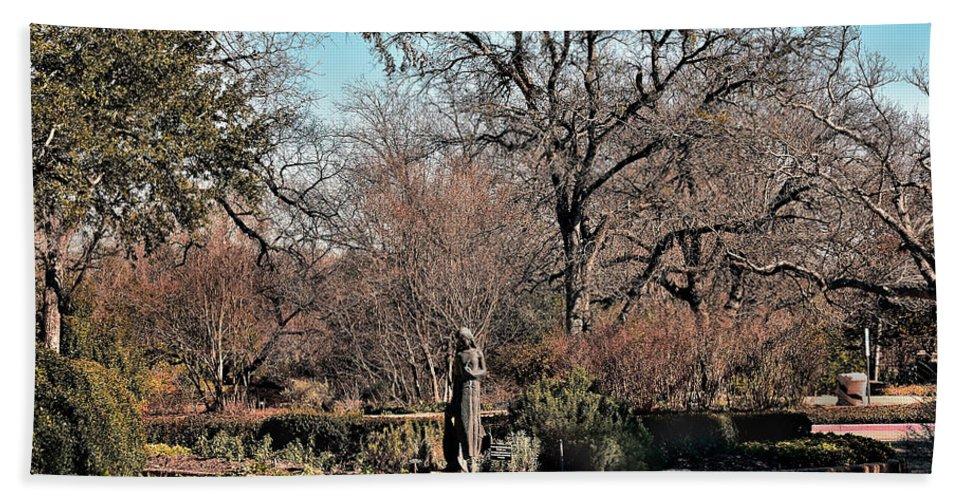 Statue Hand Towel featuring the photograph Garden Walk by Robert Brown