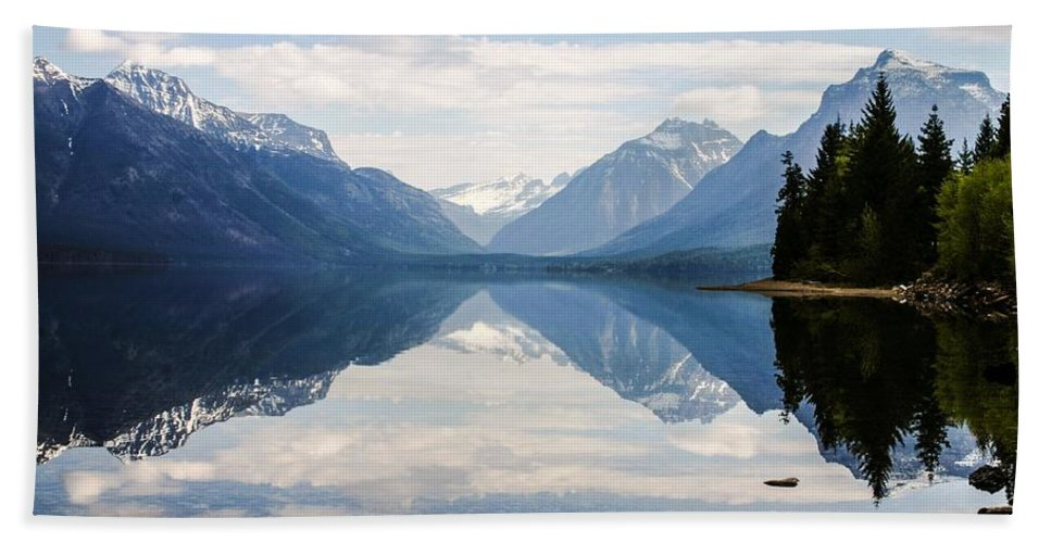Glacier Bath Sheet featuring the photograph Glacier Reflections by Nelson Strong