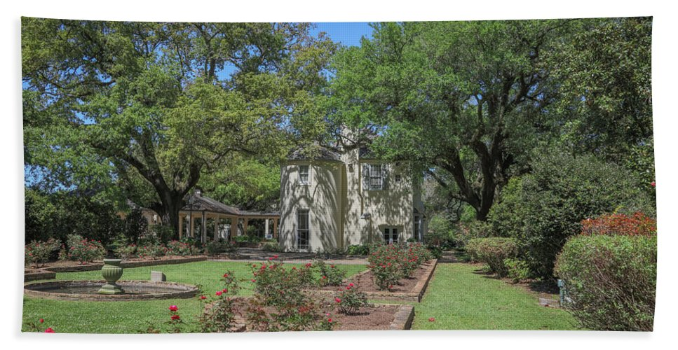 Ul Hand Towel featuring the photograph Heyman House Garden 5 by Gregory Daley MPSA