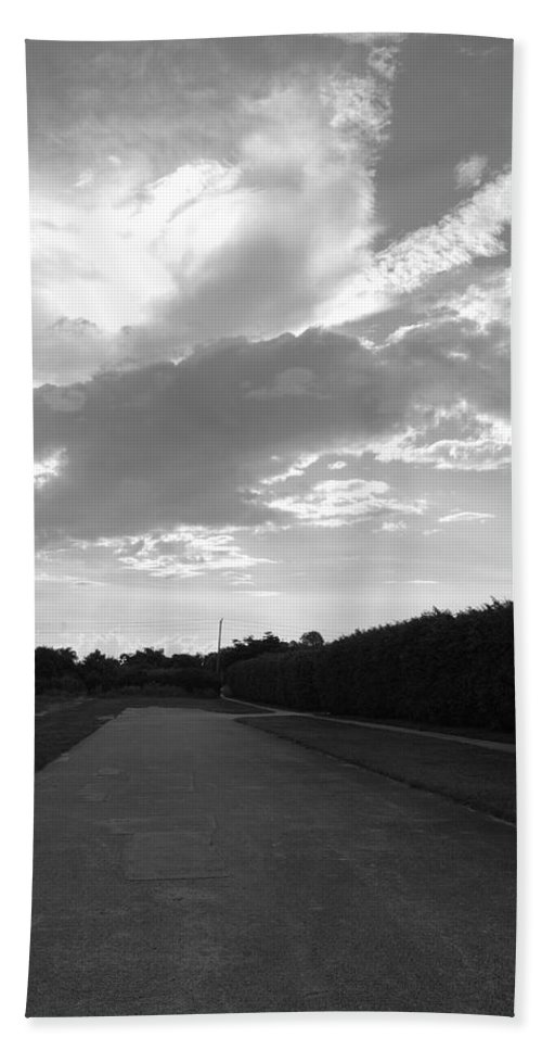 Black And White Hand Towel featuring the photograph Homestead Sky by Rob Hans