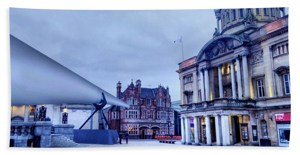 Blade Bath Sheet featuring the photograph Hull Blade - City Of Culture 2017 by Sarah Couzens