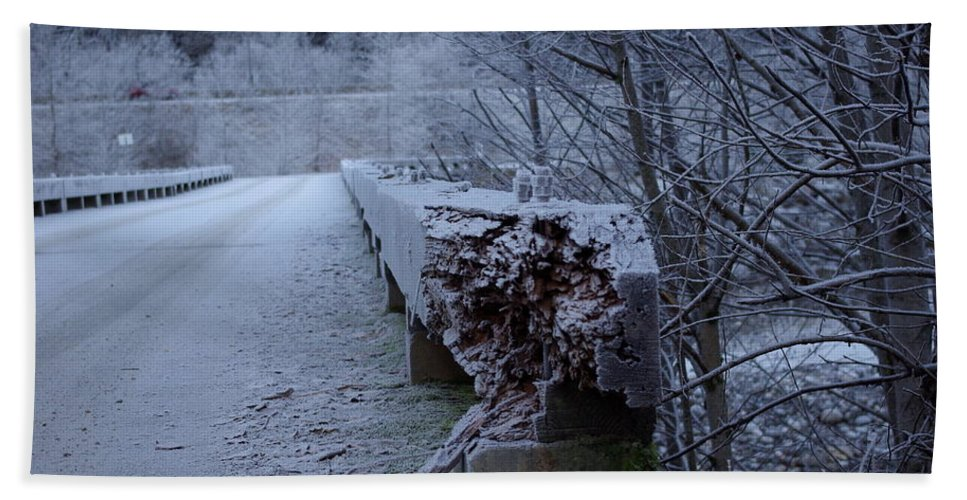 Ice Hand Towel featuring the photograph Ice Bridge by Cindy Johnston