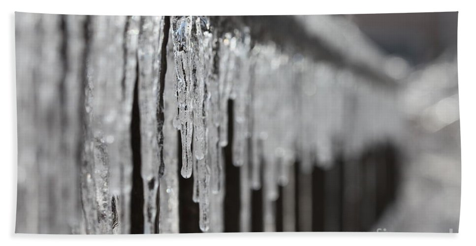 Icicles Bath Towel featuring the photograph Icicles At Attention by Nadine Rippelmeyer