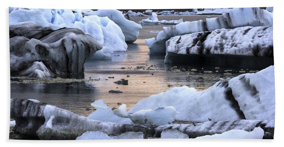Iceberg Bath Sheet featuring the photograph Jokulsarlon Glacier Lagoon Iceland 2050 by Bob Neiman