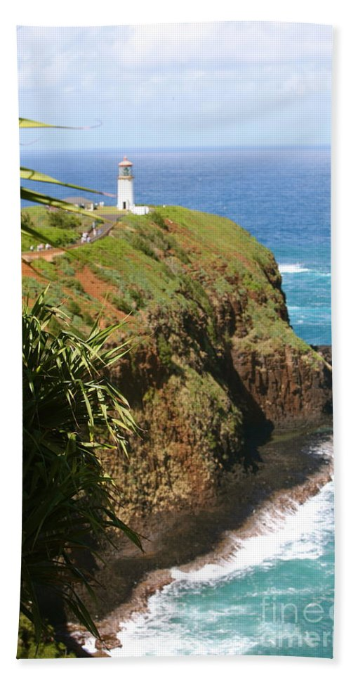 Lighthouse Hand Towel featuring the photograph Kilauea Lighthouse by Nadine Rippelmeyer