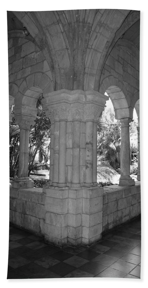 Black And White Hand Towel featuring the photograph Miami Monastery In Black And White by Rob Hans