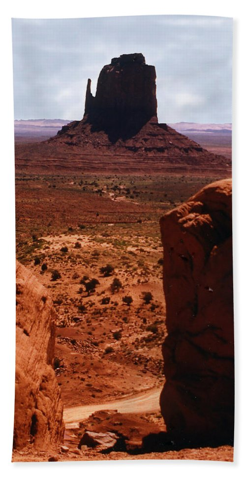 Monument Valley Bath Towel featuring the photograph Monument Valley by Joanne Rungaitis
